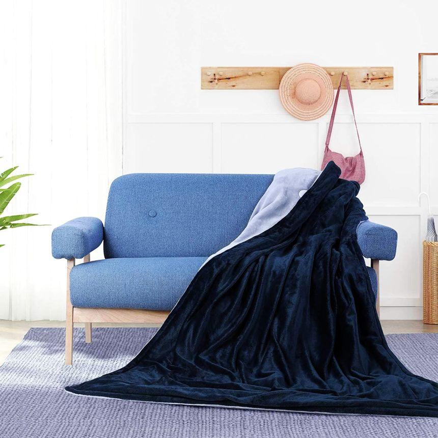 La coperta elettrica MVPOWER con le sue dimensioni di ben 180 x 130 cm, è perfetta per il divano di casa e le lunghe serate passate davanti alla TV