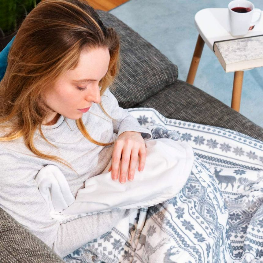 La coperta elettrica matrimoniale NAVARIS garantisce sonni caldi e tranquilli durante le lunghe notti autunnali e invernali, da usare nel divano di casa, o come copriletto in camera da letto