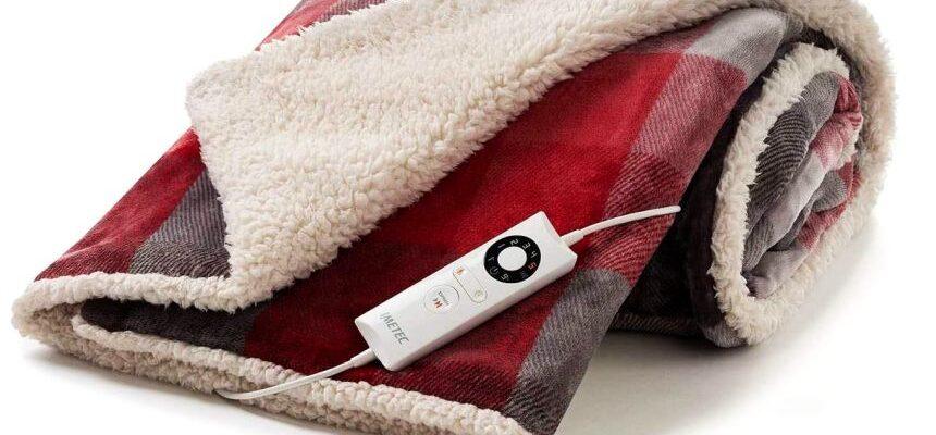 Plaid riscaldabile da divano o copriletto IMETEC Tartan Velvet 160 x 120 cm con tecnologia Intellisense in velluto con disegno tartan e peluche bianco, lavabile in lavatrice