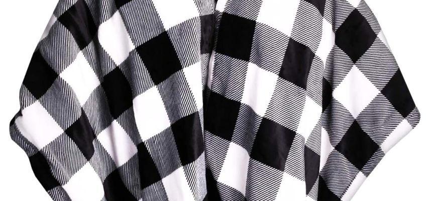 Poncho elettrico per cervicale e schiena NAVARIS, mantellina termica 130 x 180 cm in pile con motivo a scacchi bianchi e neri, con 3 temperature regolabili e timer