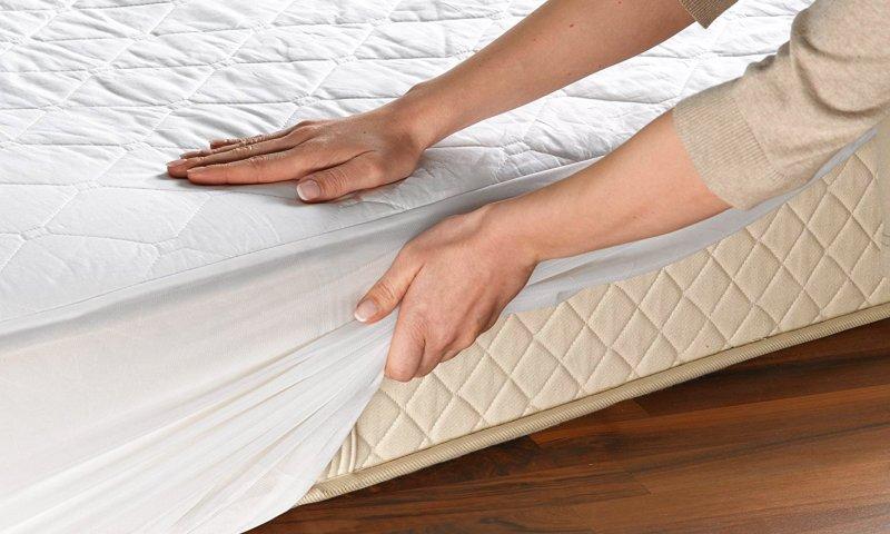 Lo scaldaletto Beurer UB 64 si fissa comodamente al vostro materasso grazie alla generosa fascia elastica