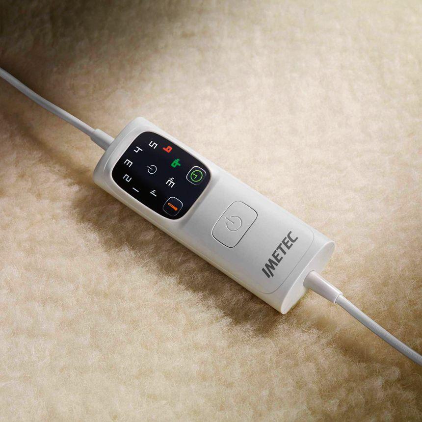 Il telecomando dello Scaldasonno Imetec Adapto vi permette di selezionare ben 6 livelli di calore, e impostare il timer per l'autospegnimento programmato dopo 1, 3 o 9 ore
