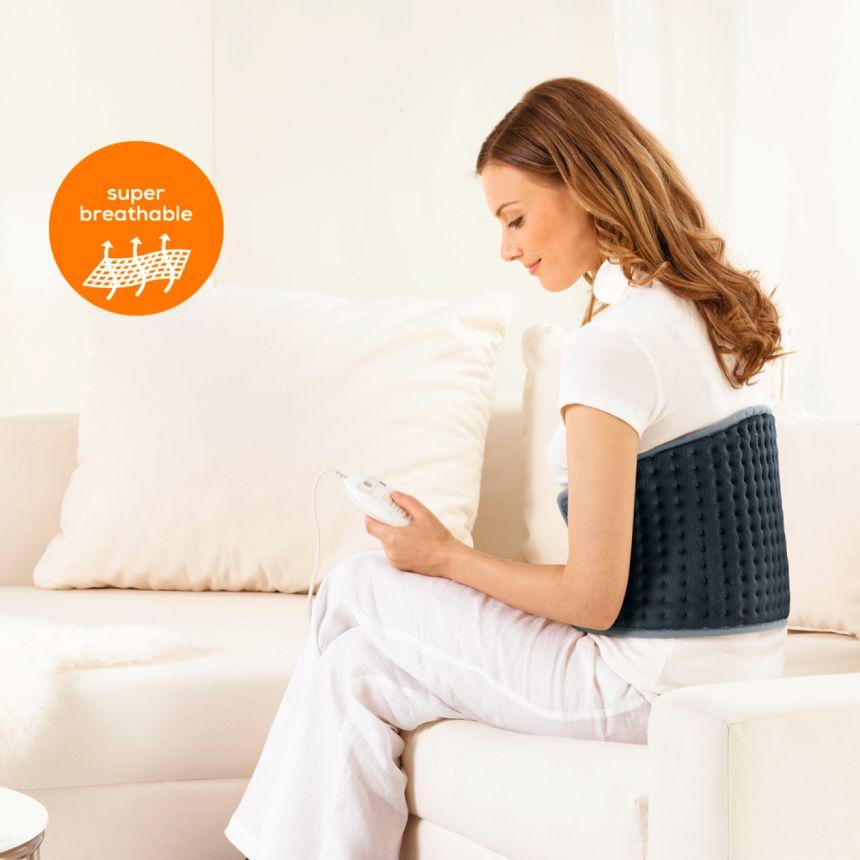 Il termoforo elettrico BEURER HK 49 COSY garantisce un sano calore terapeutico a schiena e addome, rilassa la muscolatura e allevia i dolori